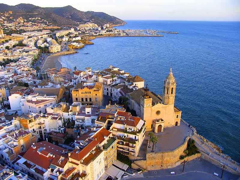 Mudanzas en Sitges paisaje